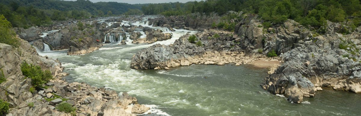 learn to kayak near Great Falls